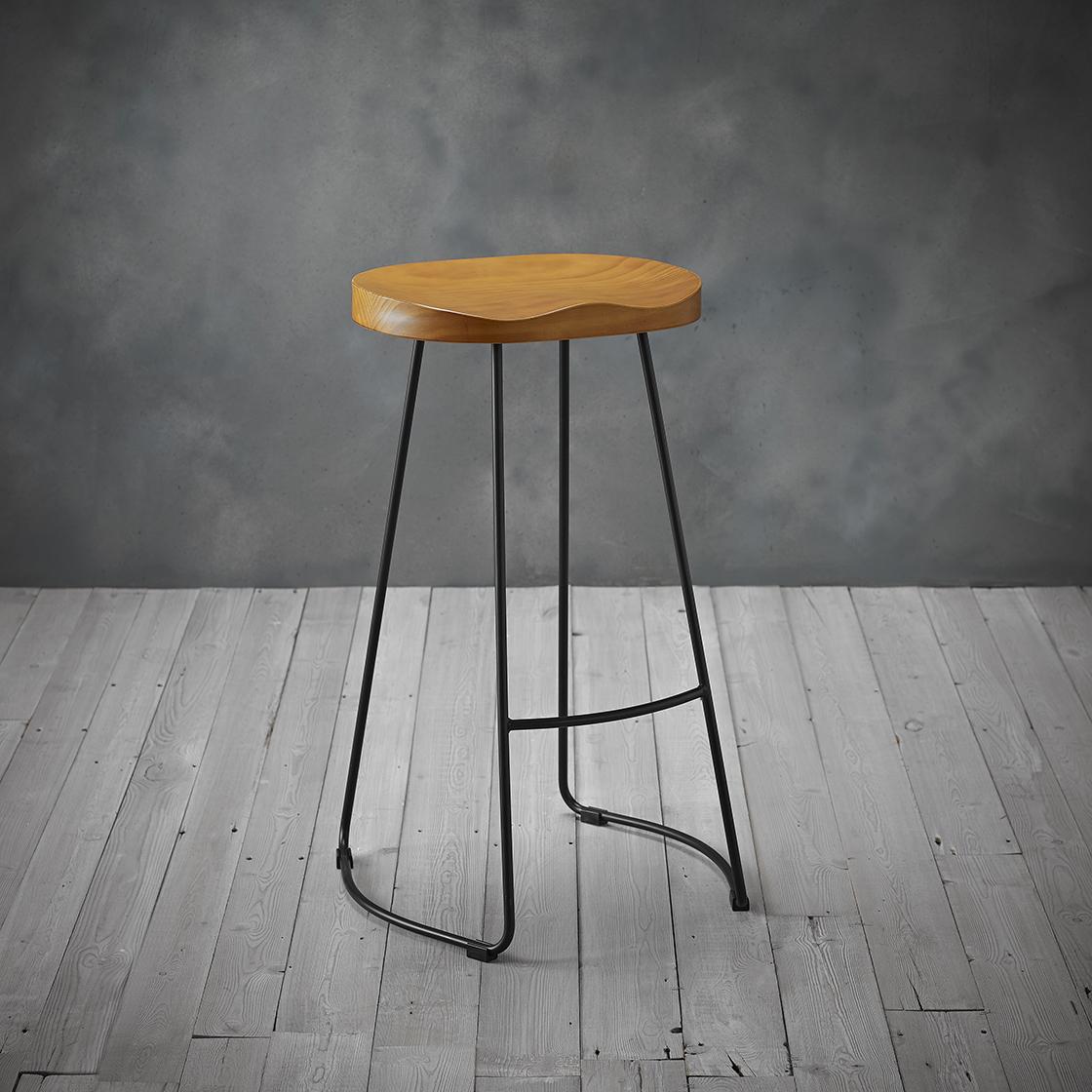 Picture of: Bailey Pine Wood Seat Black Metal Leg Bar Stool Browns Furniture